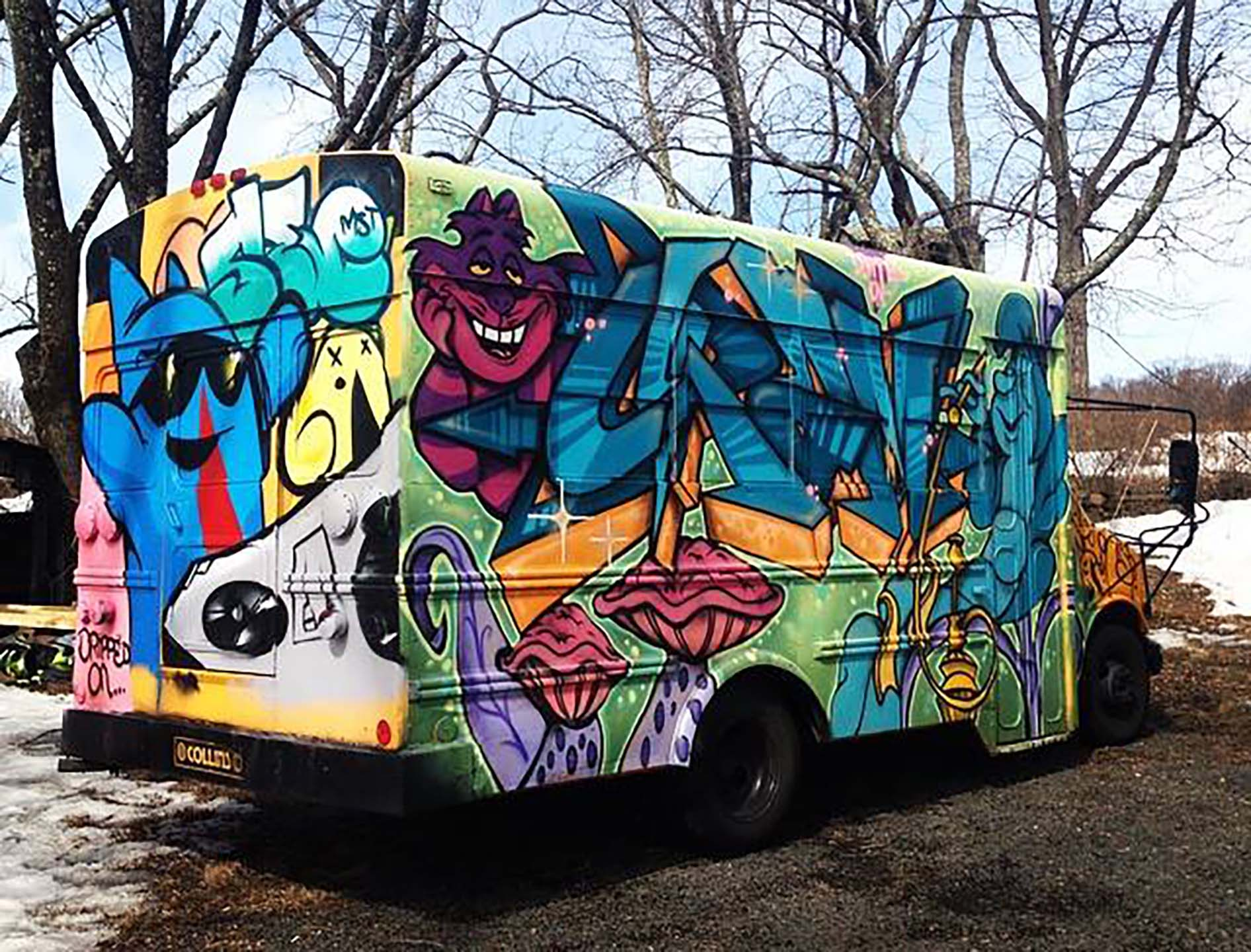 dripped-on-productions-electric-zoo-school-bus-mural